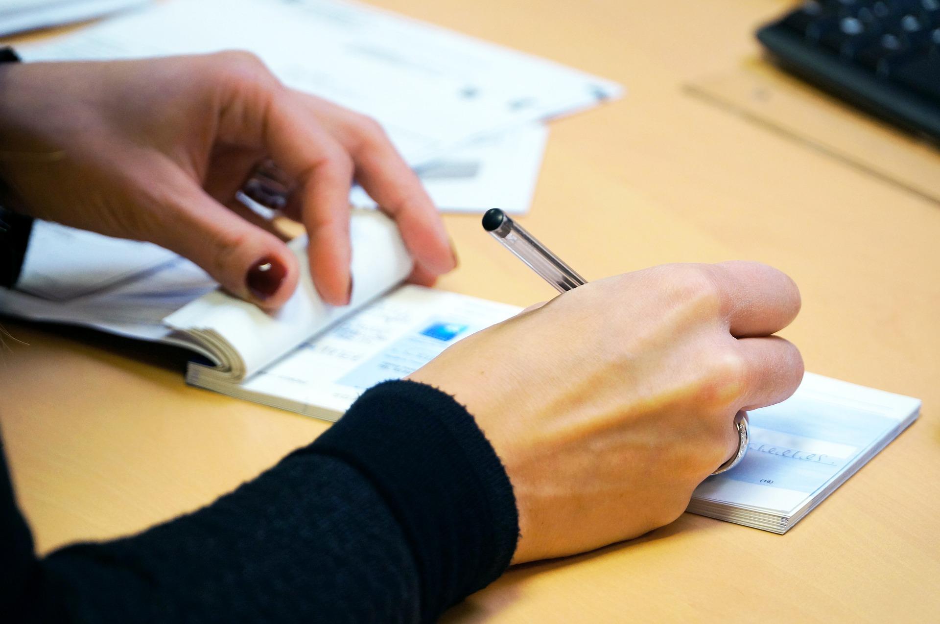 Proroga scadenze assegni bancari e cambiali causa coronavirus